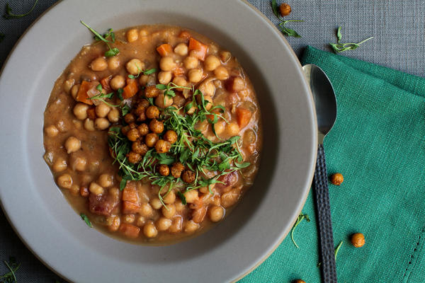 Chickpea Soup with Ras el Hanout