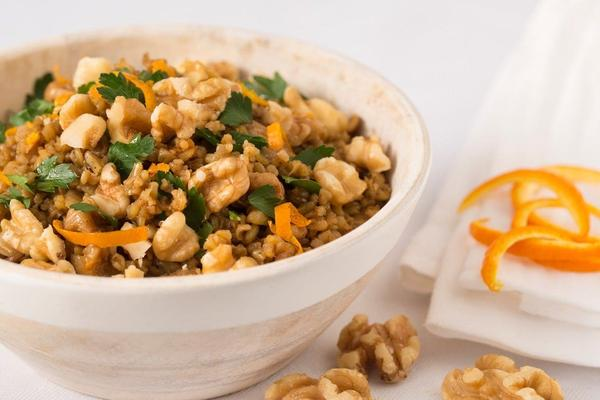 Freekeh Pilaf with Dried Figs and Walnuts