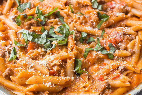 Penne with Tomatoes, Spicy Fennel Sausage and Cream