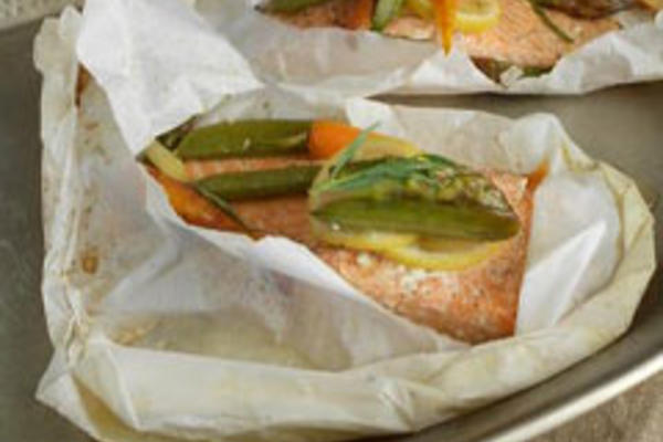 Salmon and Spring Vegetables Baked in Paper