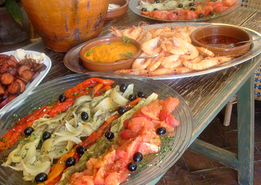 Taste of Spain: from Paella to Pintxos